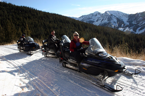 Taos Snowmobile Tours